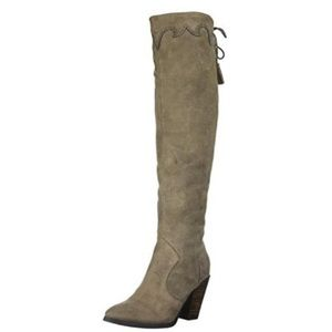 Report Dilena Western Boot in taupe - Size 11